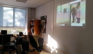 Töötuba, milles Mailiis Ollino näitas oma fotosid ja tutvustas nende saamislugu. Foto: Kätlin Laur